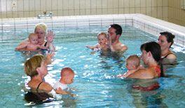 Hebamme und Aquapädagogin