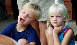 Singende Kinder lernen schneller