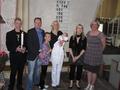 Tayas Taufe-unsere Familie und rechts die beiden Taufpaten