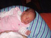 Baby Club Gestillt  Getragen  und  Glücklich im Familienbett   Beziehung statt  Erziehung