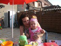 Auf der Baby-Geburtstagsparty von Muckelmaus ihrem ersten Geburtstag