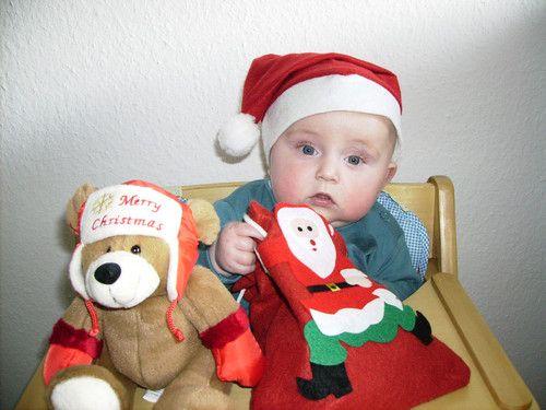 Tom wünscht fröhliche Weihnachten!!