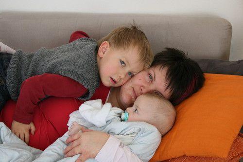 Kuscheln mit meinen zwei Jungs....