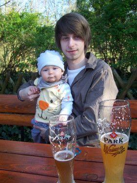 Mit dem besten Papa im Biergarten :-)