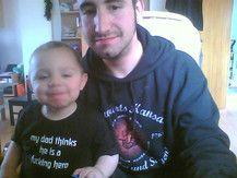Oskar und Papa...man beachte das shirt^^