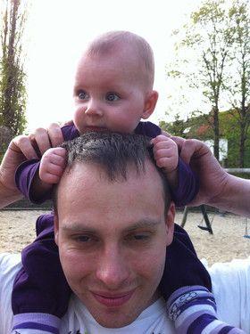 Emily mit ihrem Papa