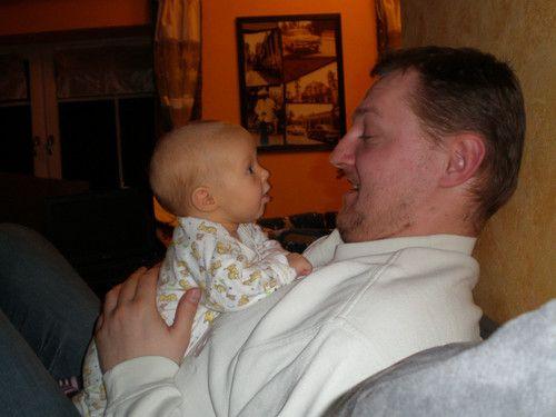 Mia mit Papa