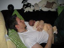 Kuschelstunde mit Papi