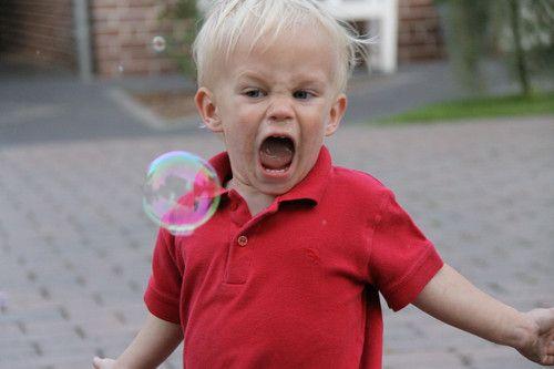 """Mit vollem Einsatz """"schnapp"""" ich mir die Seifenblase!!"""