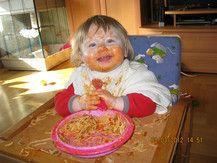 Das erste Mal alleine essen-Amanda