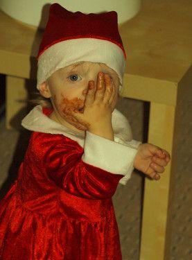 auch der Weihnachtsfrau schmeckt Schokolade, seht Ihr´s?