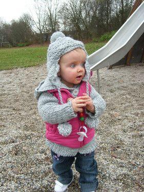 Emily auf dem Spielplatz